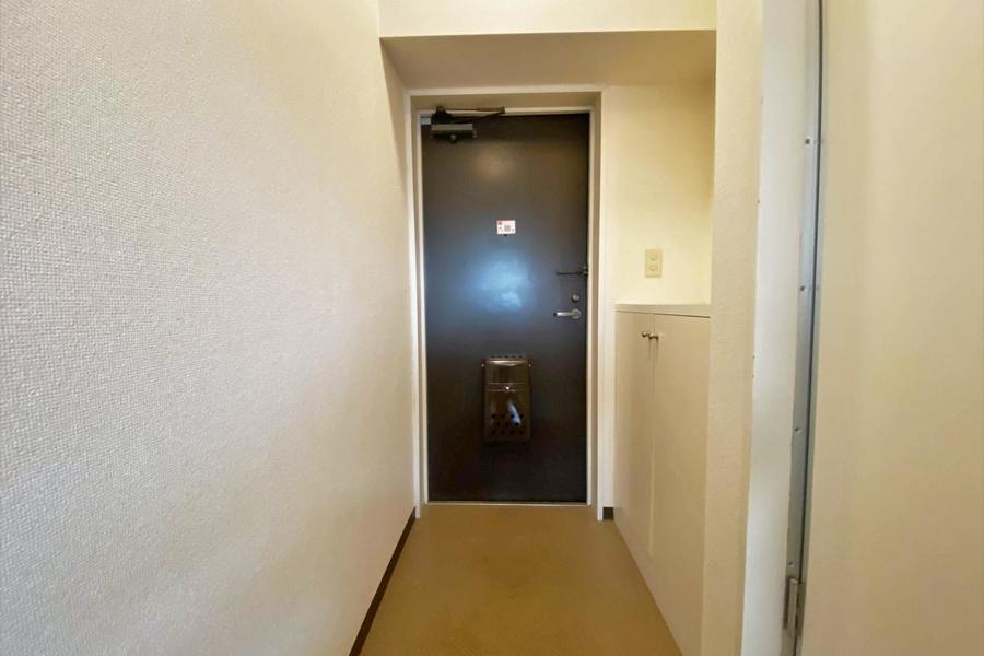 廊下には靴箱もあり、シューズの収納には困りません