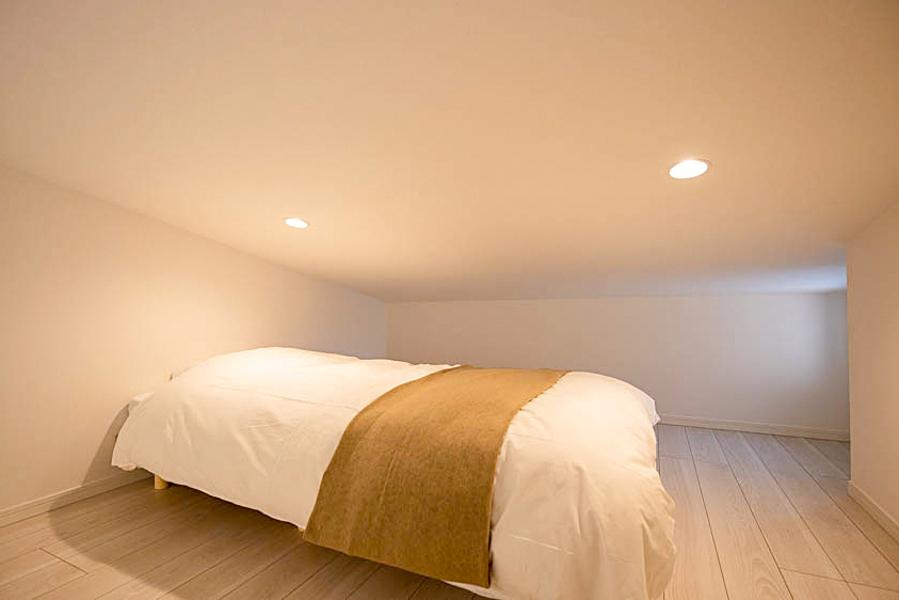 【Bタイプ】すのこのシングルベッドがあり、ぐっすり休めます♡