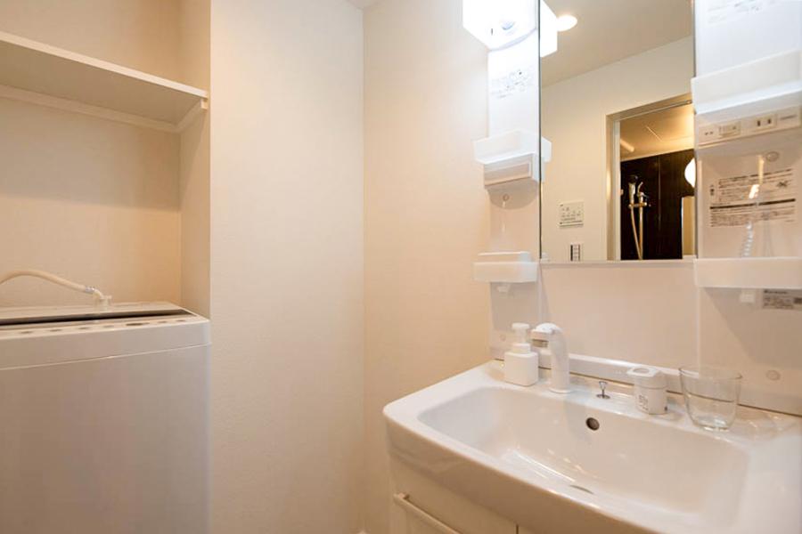 【Aタイプ】真っ白の独立洗面台
