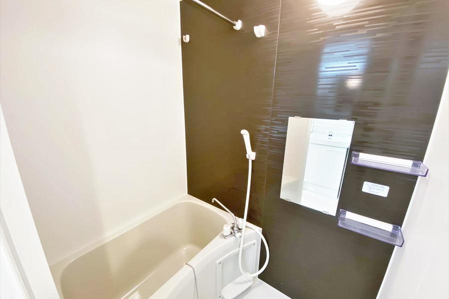 ゆったりしたお風呂場はゆっくり体を癒やす事ができます。