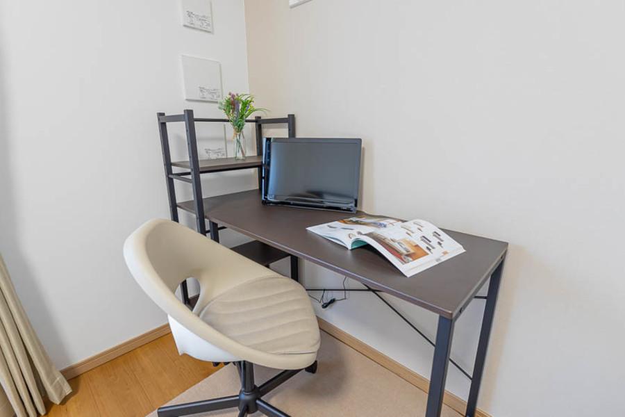 【Cタイプ】便利なポータブルテレビを設置!お部屋のどこでもご利用できます♪