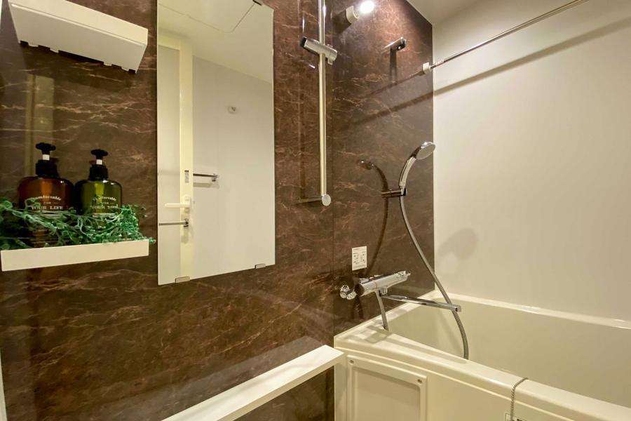 浴室乾燥機付きバスルームで雨の日のお洗濯も安心