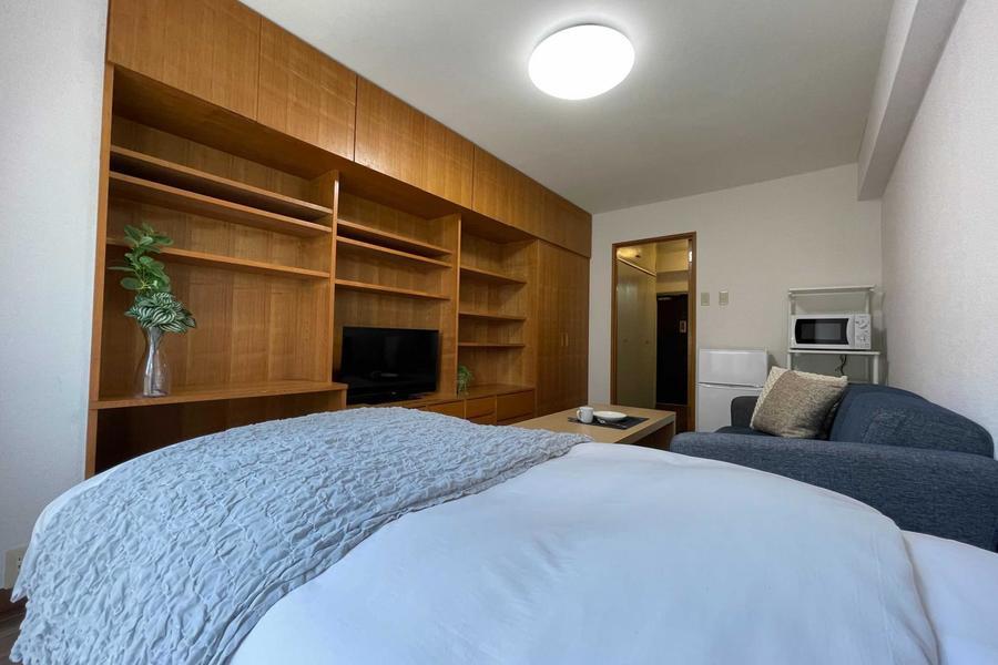 シングルベッドでぐっすり睡眠ができます。