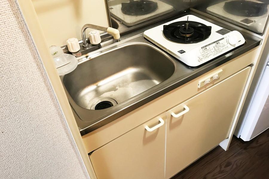 コンパクトなキッチンには安定火力のガスコンロ搭載