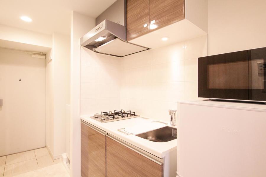 キッチンはゆったり広め。お料理に便利なガスコンロタイプです