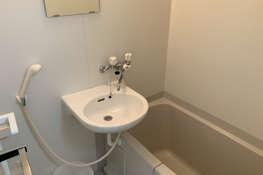 毎日つかうバスルームは清潔感があります