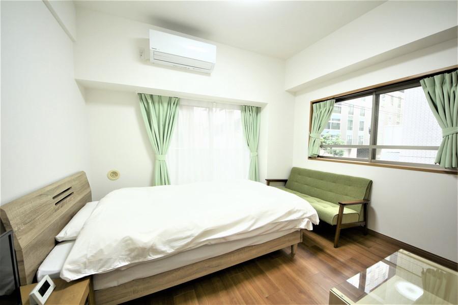 フローリングに合わせた家具が優しい雰囲気を与えてくれます