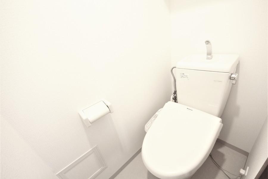 衛生面が気になるお手洗いは人気のセパレートタイプです