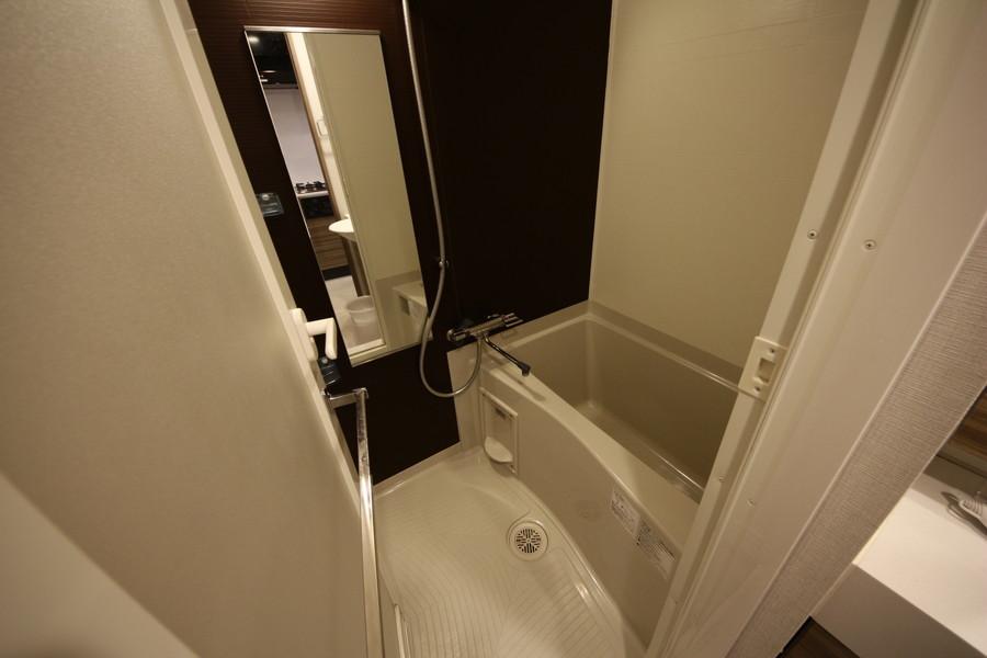 浴室はゆったり広々としています
