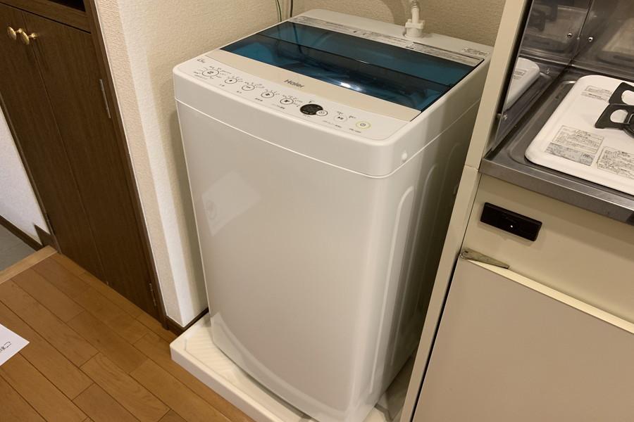 洗濯機はキッチン横に配置