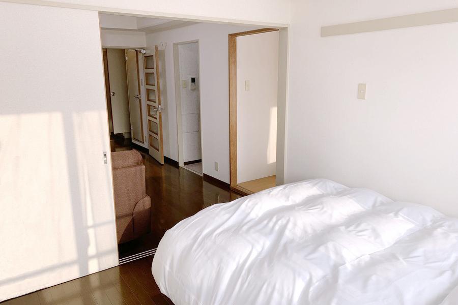 6帖の洋室には天井まであるクローゼット完備。収納力もバッチリ!
