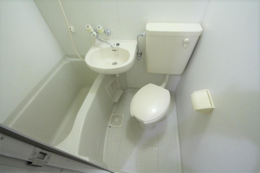 お風呂やトイレなど水回りはまとめることでお掃除もラクラク