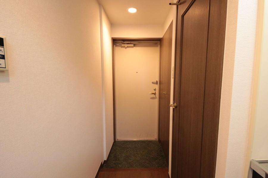 玄関横にはシューズボックス完備。きれいな玄関を保てます