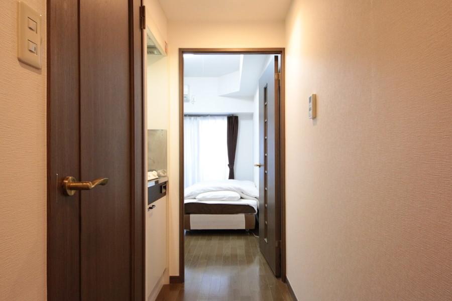 お部屋と廊下を仕切る扉は、室温管理・プライバシー確保に役立ちます