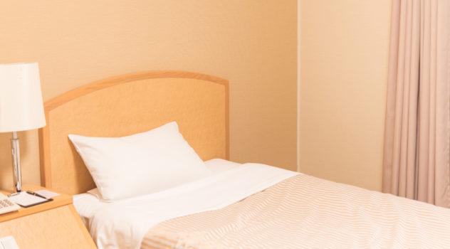 ビジネスホテルで連泊した場合の料金相場|宿泊料を安くする方法